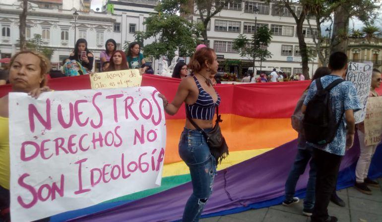 Protesta por rechazo a la ideología de género en Ibagué