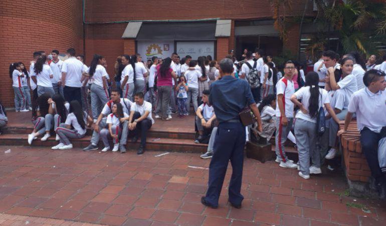 Se normaliza la jornada académica en el colegio Guadalupe en Dosquebradas