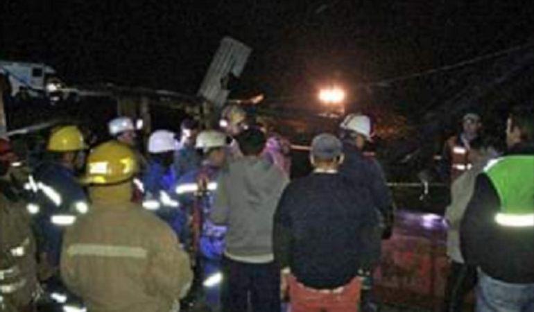 Mineros: Rescatados los tres trabajadores atrapados en mina de Cundinamarca