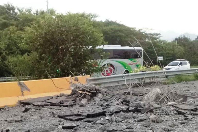 Ataques del Eln en el Cesar dejaron varios heridos y vehículos incinerados