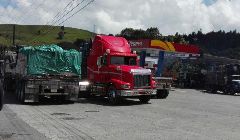 Transportadores preocupados por precio del combustible