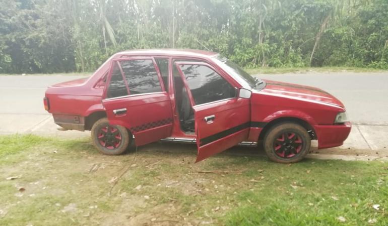 Marihuana: Encuentran marihuana protegida con cilindro bomba en un vehículo abandonado
