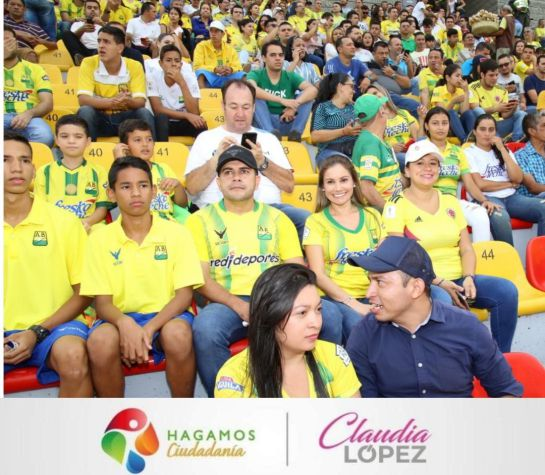 Bucaramanga Politica Estadio Atletico Bucaramanga Los Precandidatos Que Fueron Al Estadio Bucaramanga Actualidad Caracol Radio