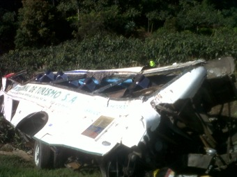 Accidente en la vía Girardot - Bogotá dejó 27 muertos