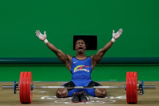 Óscar Figueroa gana la tercera medalla de oro para Colombia en la historia de los Juegos Olímpicos.