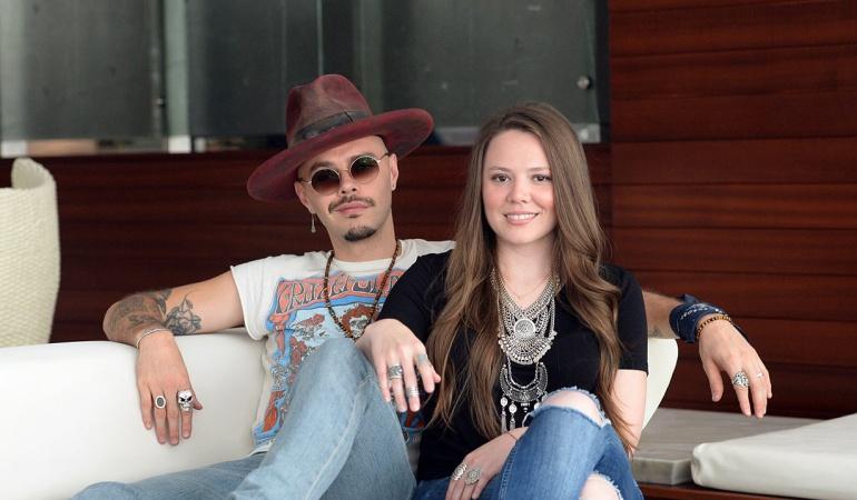 """Jesse y Joy llegan a La Ventana de Caracol Radio a cantar en los Desconectados: Jesse y Joy se asoman al """"Espacio Sideral"""" de La Ventana"""
