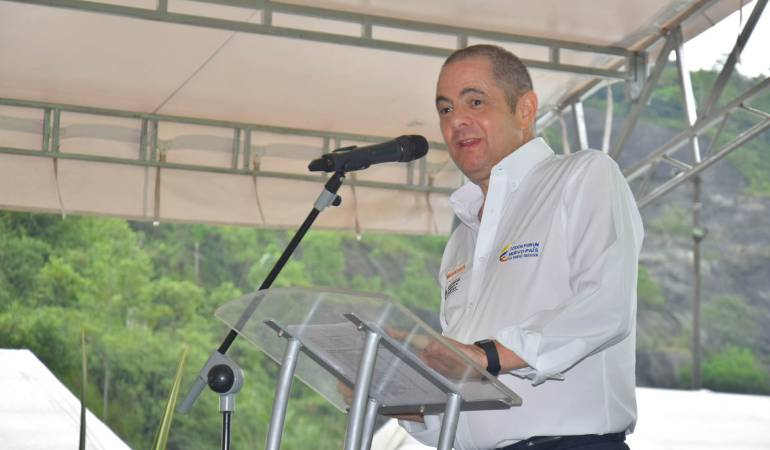 Vicepresidente invitó a colombianos para marchar contra la reforma tributaria