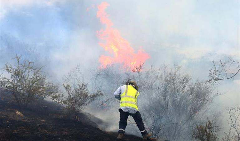 Bomberos colombianos ayudan a mitigar incendios en chile: Balance de la labor de bomberos colombianos mitigando incendios en Chile