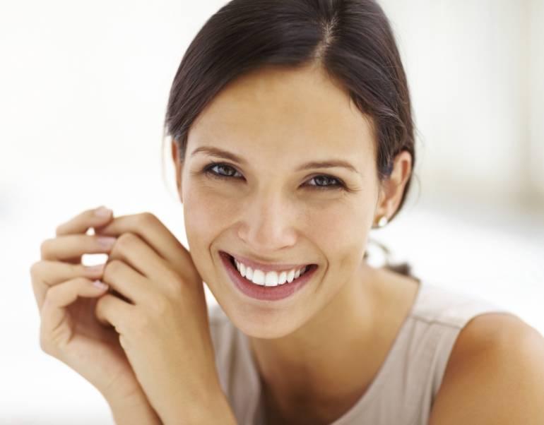 Odontología: Cinco propósitos para cuidar tu salud oral en el 2017
