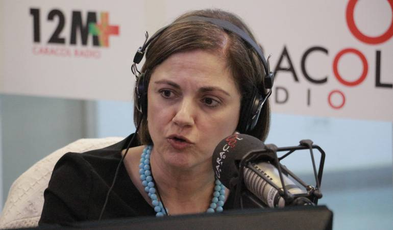 Prestación del servicio en el Caribe no puede caer en la politiquería: senadora Guerra