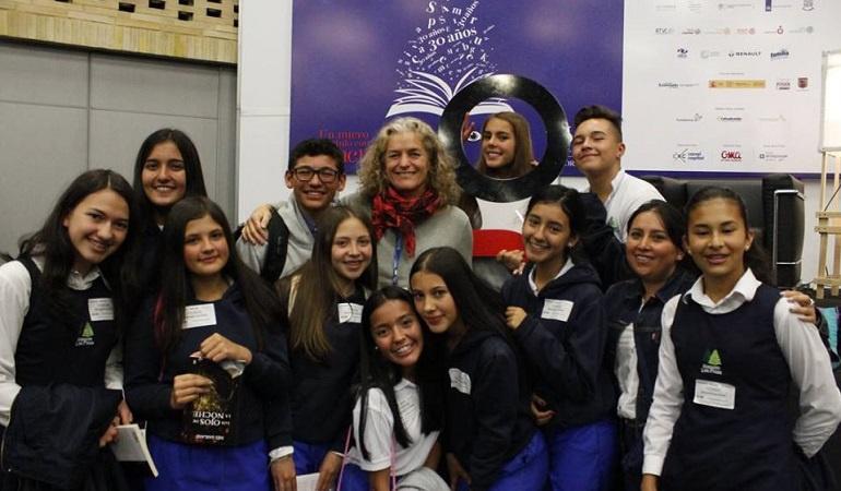 Lo Más Caracol: Mis novelas cuentan historias que les puede interesar a los jóvenes: Inés Garland