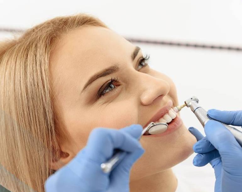 Blanqueamiento: Blanqueamiento dental: con los dientes no se juega