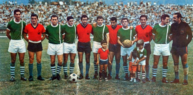Extranjeros en un clásico entre Medellín y Nacional el 24 de abril de 1966