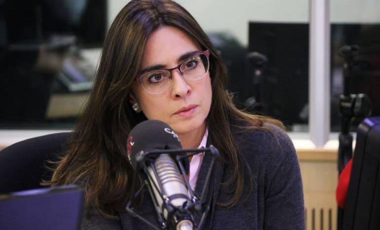 Si el Estado no se encarga de poner límites, tiene responsabilidad por trinos como el de Uribe: Botero