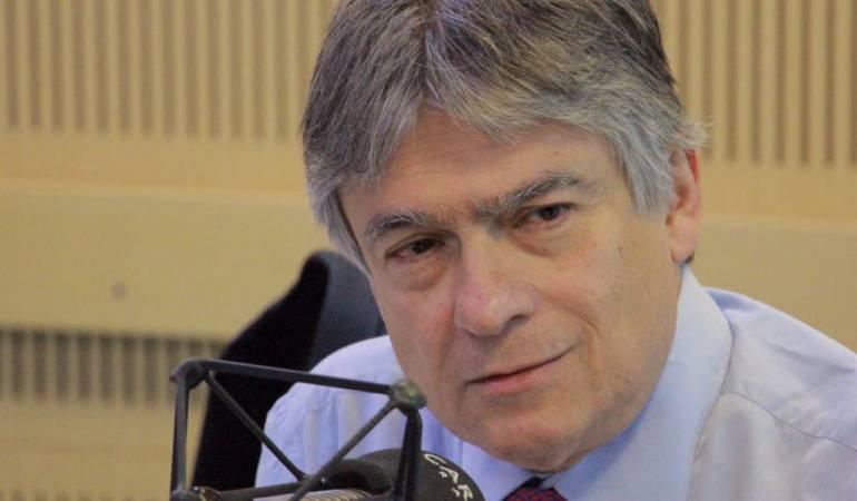 Ramiro Bejarano advierte dificultades jurídicas y de tiempo para el referendo