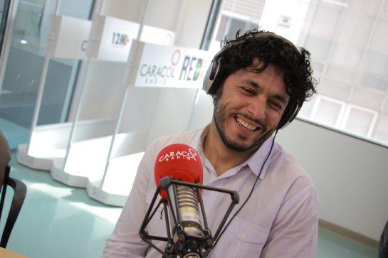 Santiago Alarcón interpreta a Jaime Garzón: Santiago Alarcón: Ser Jaime Garzón, quizá la experiencia más linda de mi vida