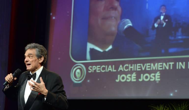 """José José """"El príncipe de la canción"""" Hospitalizado en Miami"""