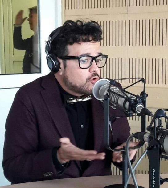Transatlántico es el nuevo albúm de Aleks Syntec: Aleks Syntek: Trasatlántico más que covers son tributos