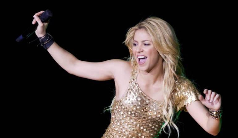 Shakira hace su primer pago al fisco de España