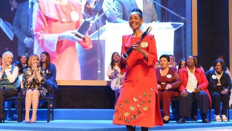 Lo Más Caracol: Premio Cafam 2018 para una mujer de empoderamiento