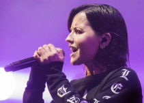 Homenaje a Dolores O'Riordan, vocalista The Cranberries