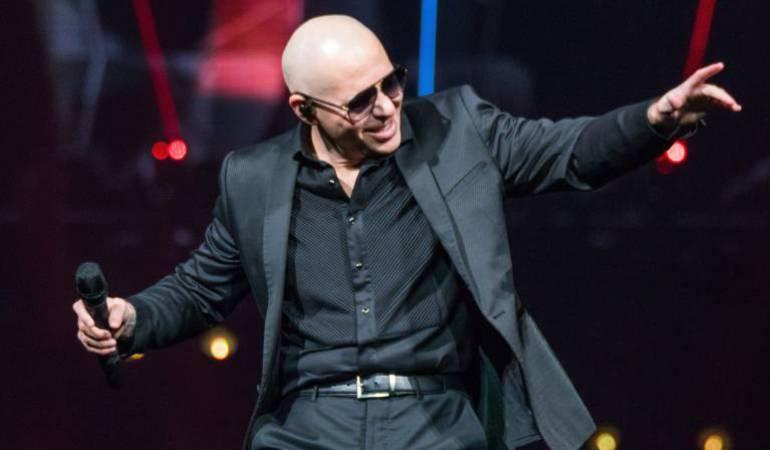 """Pitbull comprometido con e """"agua"""" del planeta"""