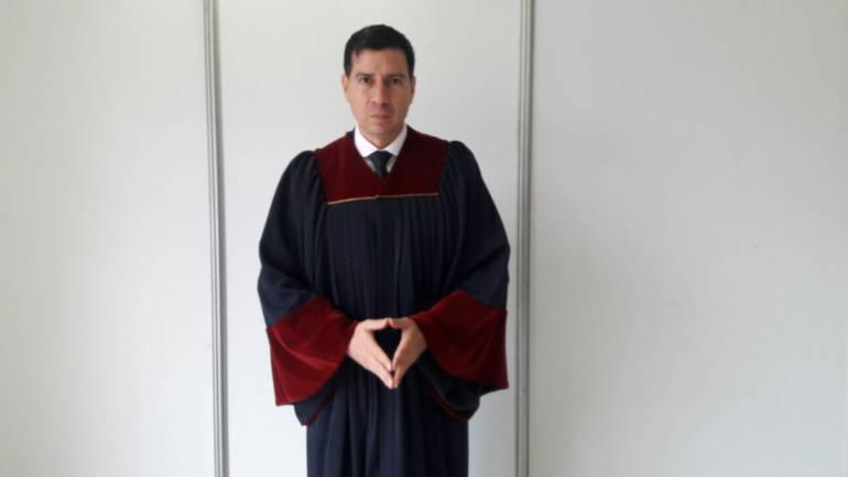 """Un colombiano """"Mejor Profesor"""" Iberoamericano"""
