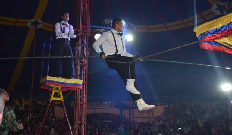 El circo, la parte social del Ejercito Nacional de Colombia