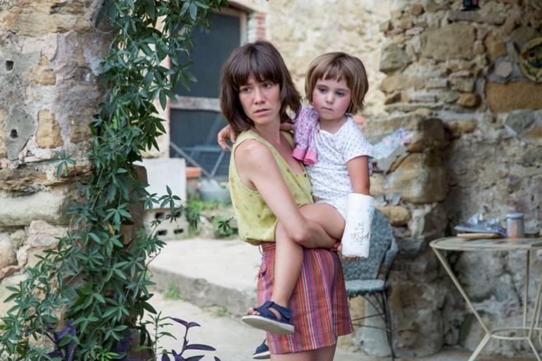 Verano 1993, película española sobre la difícil vida de una niña de 6 años: Verano 1993, una niña de 6 años golpeada tempranamente por la vida