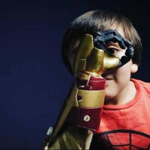 Las prótesis que hacen felices a cientos de niños y niñas