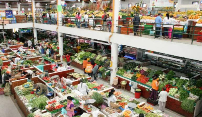 Mercados baratos: Vamos a mercar: la yuca, un producto barato para el día del padre