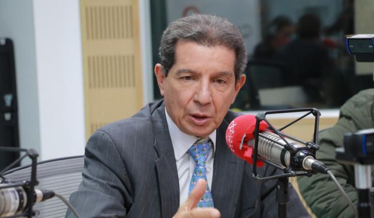 """HORA 20: """"El Estado debe proteger a todos"""": José Félix Lafaurie"""