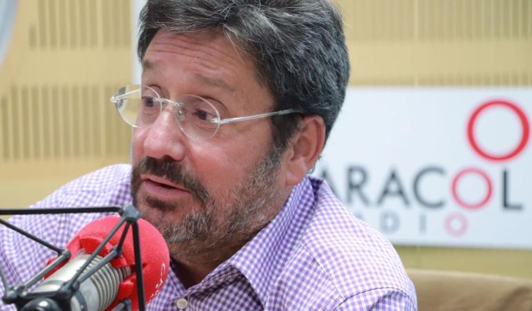 HORA 20: Desde la oposición aprovechamos las faltas a la verdad de Santos: Pacho