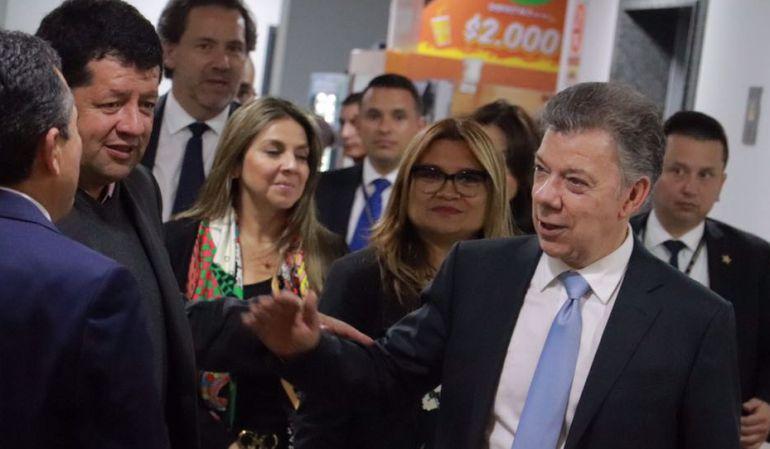 Entrevista Santos Hora 20: Santos y los expresidentes
