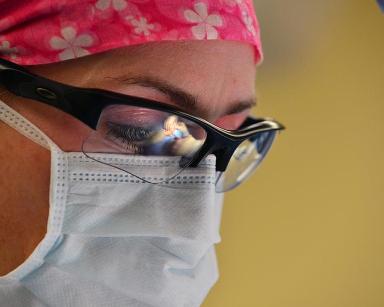 La primera cita de una cirugía plástica facial es crucial