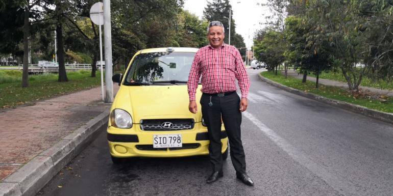 La Luciérnaga: La historia del taxista caracolero