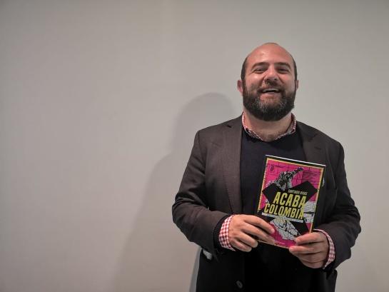Santiago Rivas y su nuevo libro