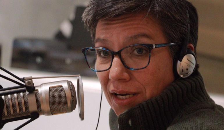 Hora 20: Ninguna de las siete preguntas de la consulta está en la ley: Claudia López