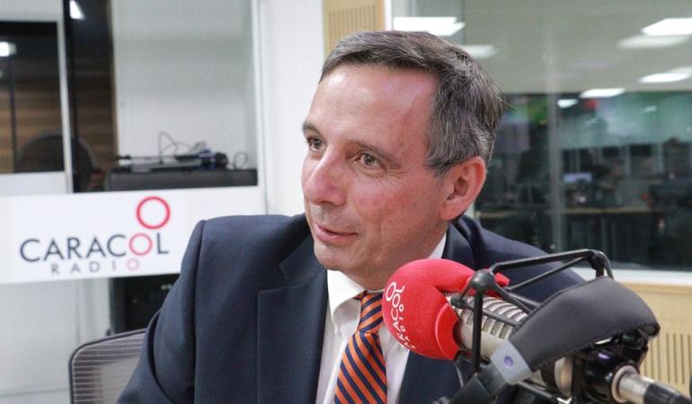 HORA 20: El Gobierno tiene que mostrar firmeza frente al ELN: Miguel Gómez