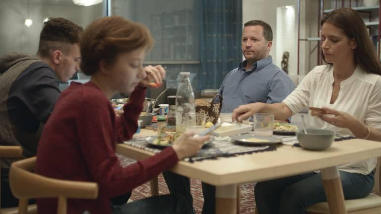 Detrás de las Colinas, película de Eran Kolirin: Detrás de las Colinas, una visión universal de la vida en Israel