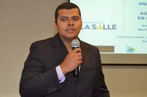Profesor Gustavo Castro