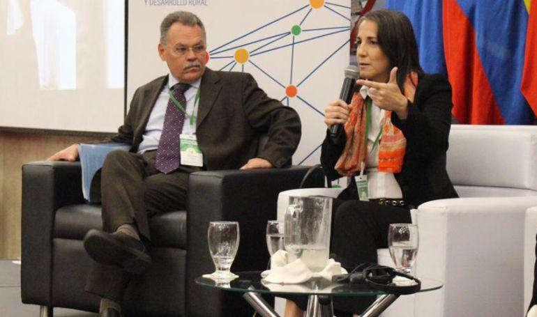 FAO: La agricultura familiar no debe sucumbir ante la agroindustria
