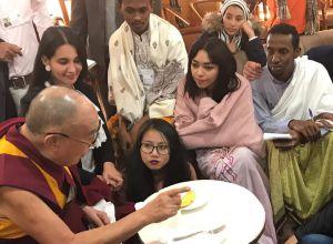 Tania compartió además con varios jóvenes lideres del mundo.