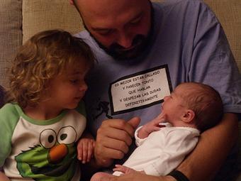 La licencia de paternidad será de 8 días para todos los trabajadores