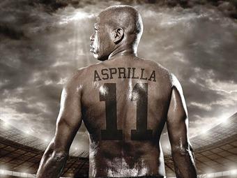 Faustino Asprilla dijo adiós al futbol en su partido de despedida