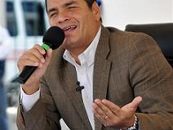 Correa desafía abogados colombianos a que lo lleven a la Corte Penal Internacional