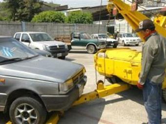 Se reducen los trámites para sacar carros de los patios