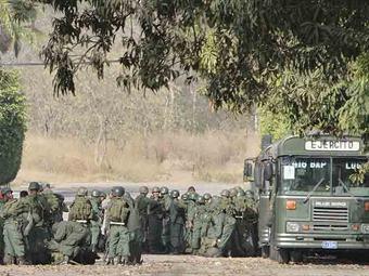 Venezuela despliega 500 militares en la frontera con Colombia