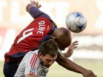 Jamison Olave el Defensa del Año en la MLS