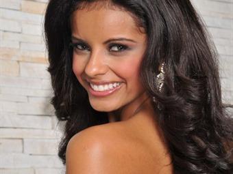 Reina de belleza de Honduras fue capturada con 33 mil euros no declarados